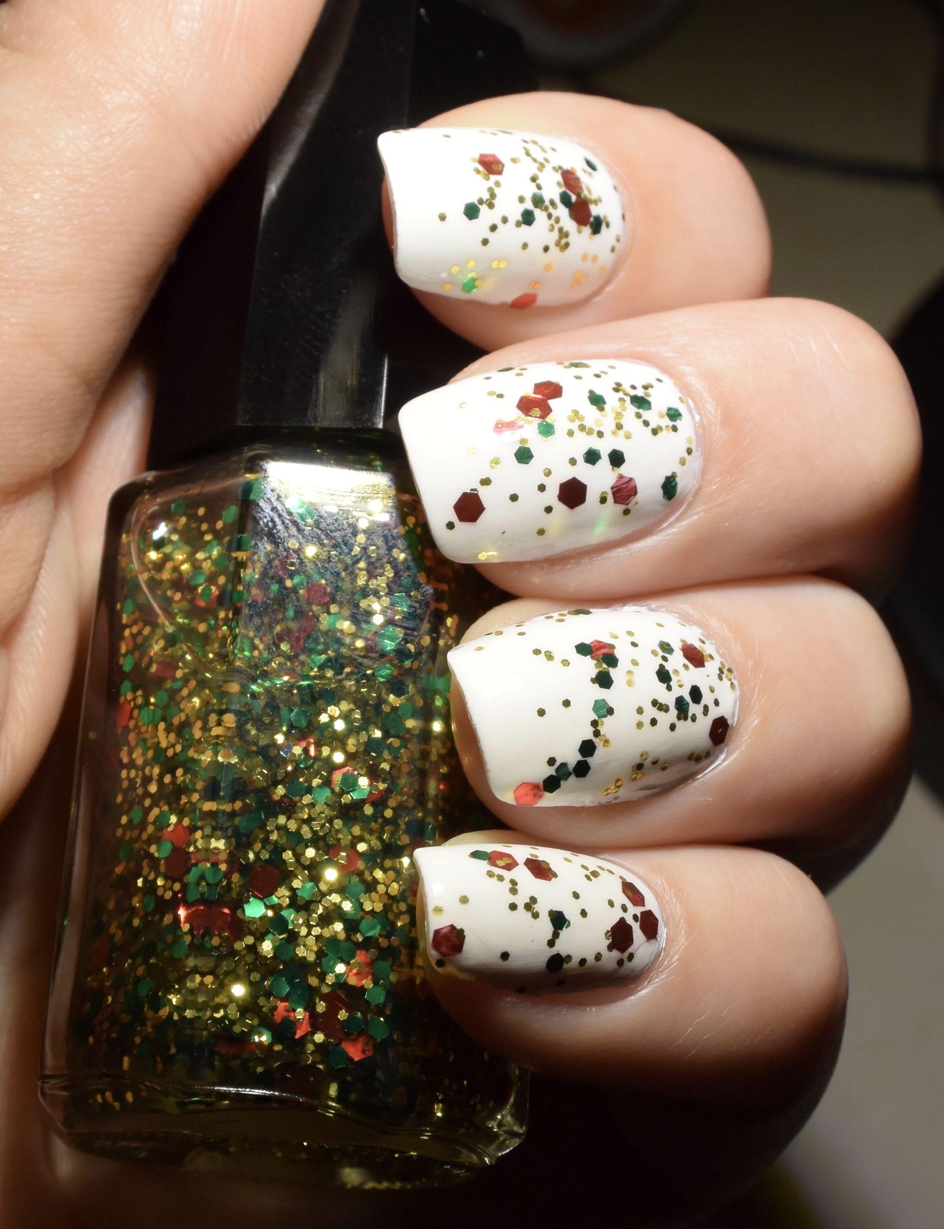 Christmas Sparkle Nail Polish// Christmas Nail Polish// Top Coat ...