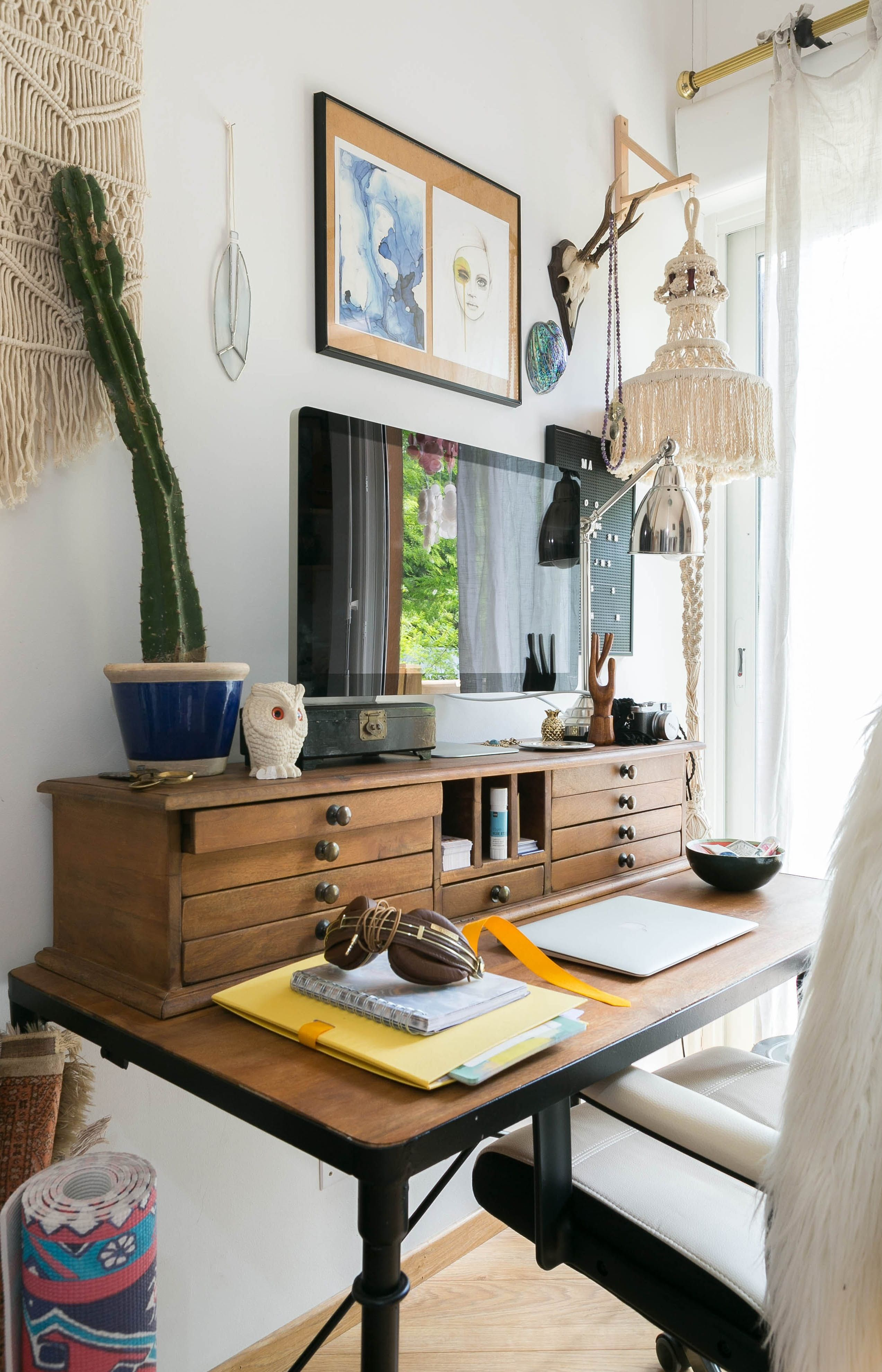 A Bohemian Surfers' Paradise in France — House Tour
