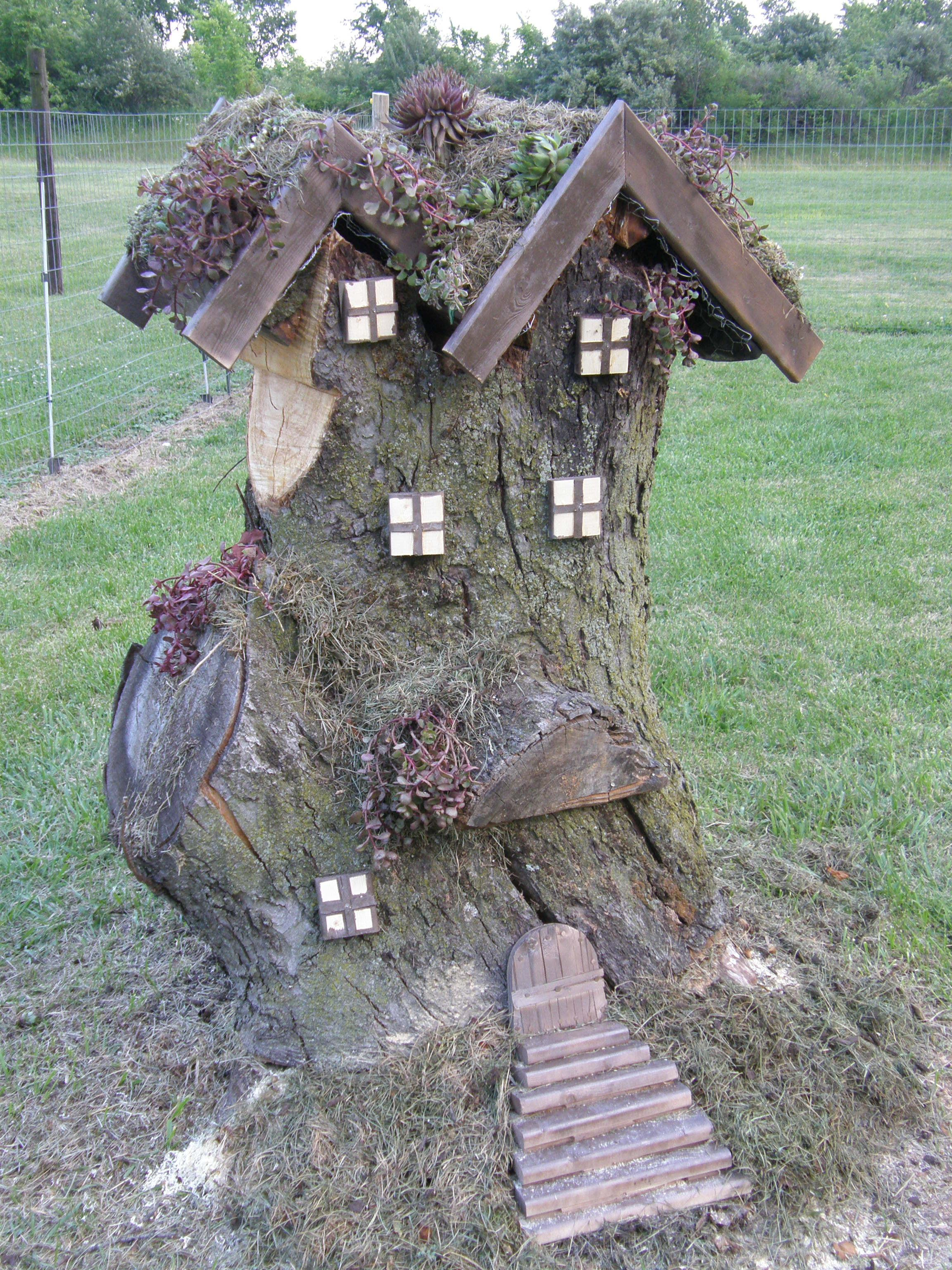 Enchanted fairy tree house here is a little faerie tree house linda - Front Garden Log New Fairy Or Gnome Home Coming Up Yay Xx