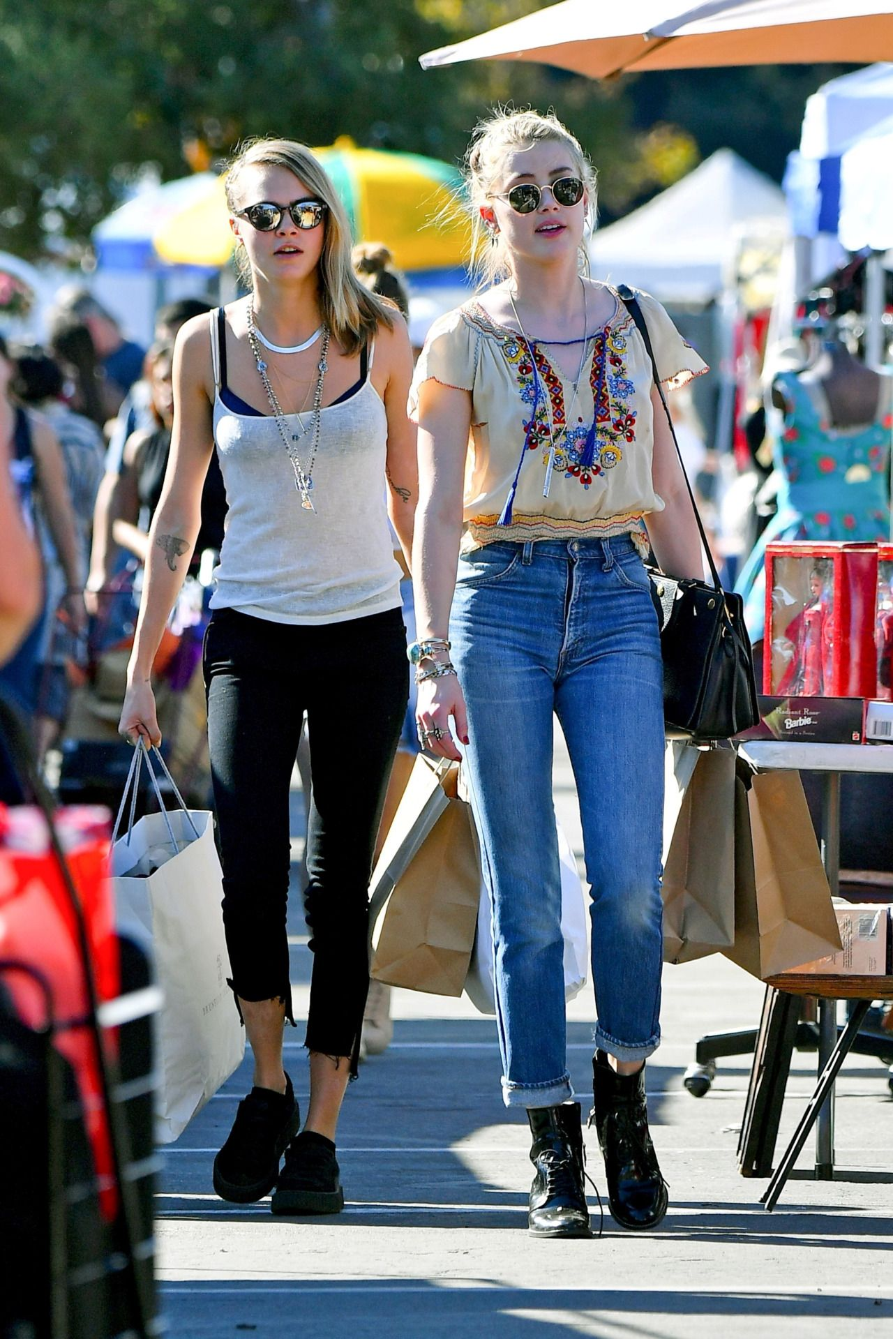 Cara Delevingne & Amber Heard : Photo