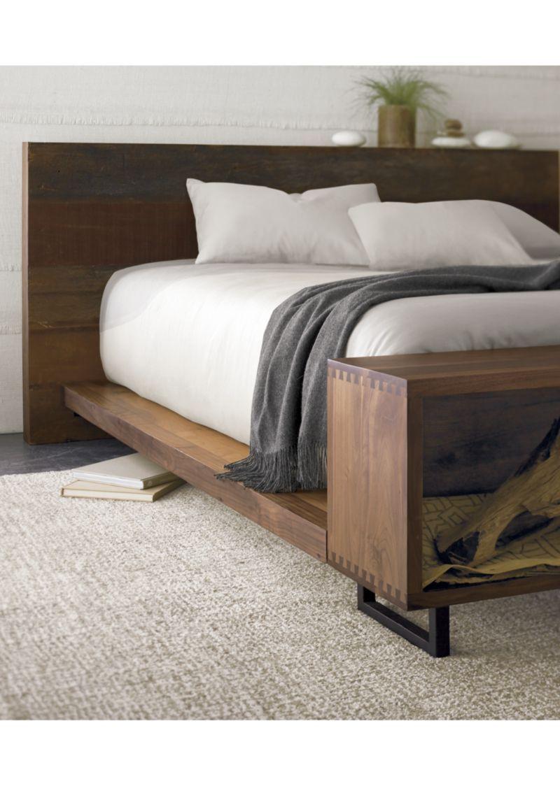 atwood california king bed with bookcase footboard californie literie de roi californie cadre de lit