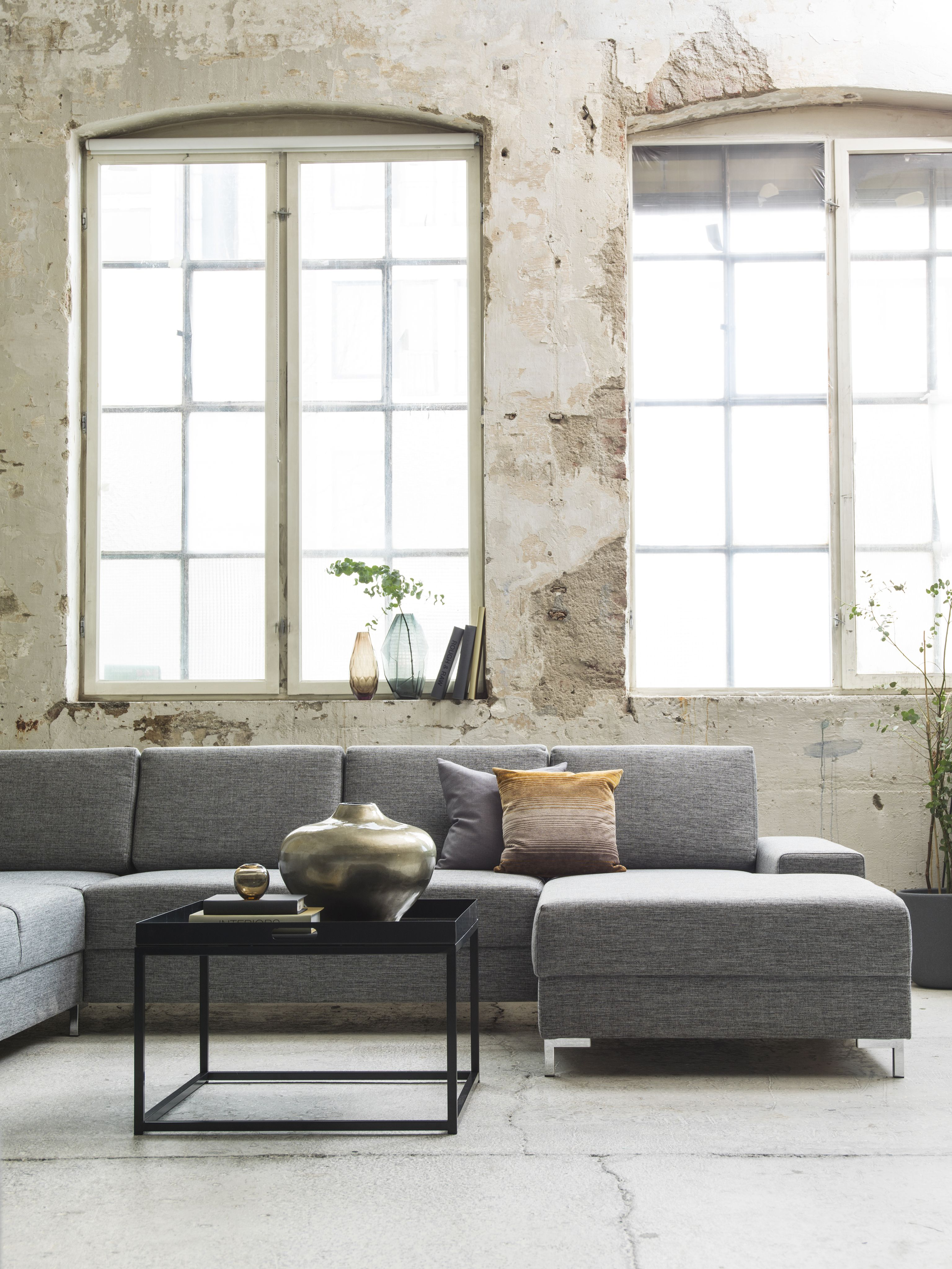 skeidar sofa chocolate color paredes baci living room
