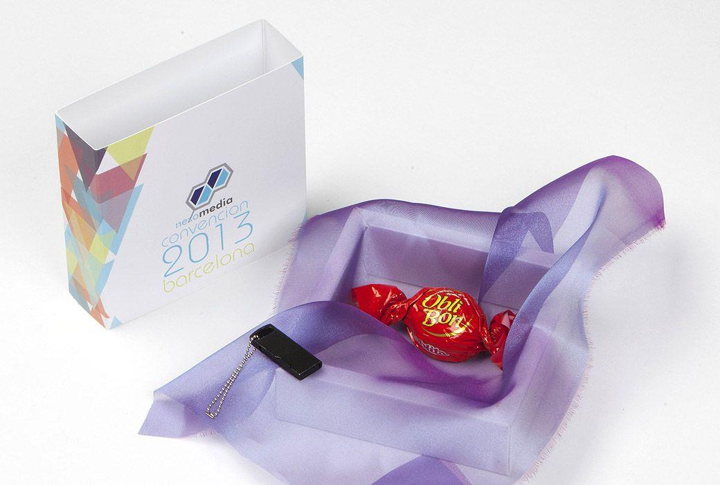 La #caja Califormina es perfecta para pequeños #detalles, #obsequios en una #boda, en un #evento, en un #cumpleaños... Y la puedes #personalizar a tu gusto!! Una cajita ideal para pequeños detalles u obsequios.