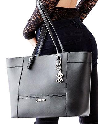 bcca8059 Bolsa Negra Guess La quiero! | Bolsas y Mochilas | Bolsos negros ...