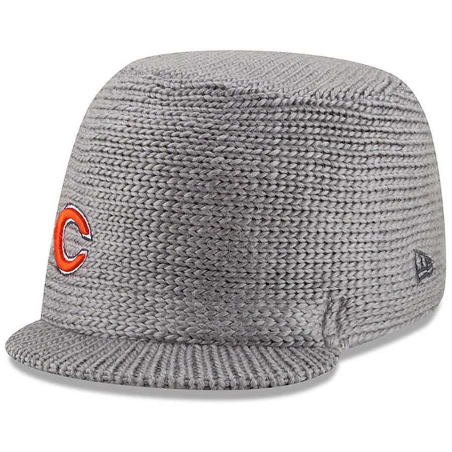 6cc37a350 Women's Chicago Bears New Era Gray Snow Sergeant Cadet Knit Hat ...