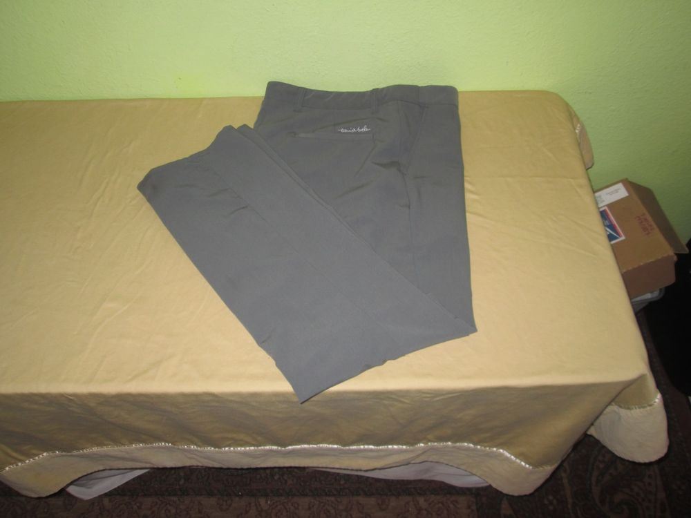 Men's TRAVIS MATHEW Flat Front Golf  Pants Size 38 x  33 - Gray  #TravisMathew #DressFlatFront