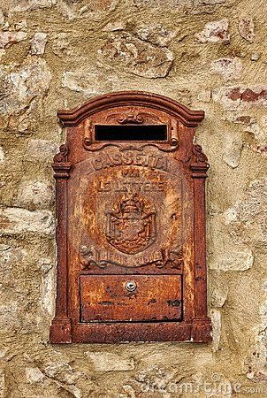 Http Thumbs Dreamstime Com X Old Rusty Mailbox 18309815 Jpg