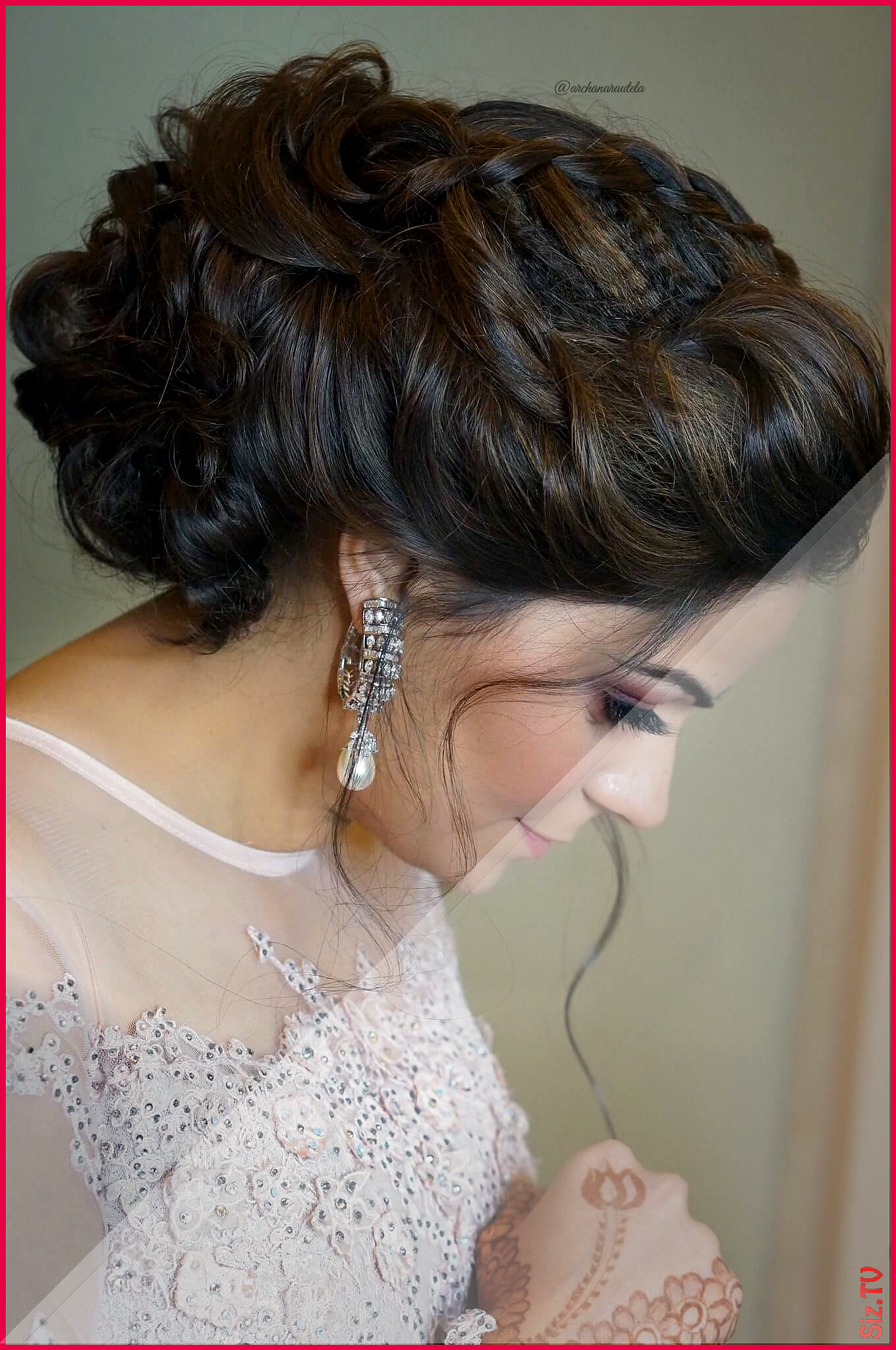 17 sensational messy bun hairstyles with gajra | indian