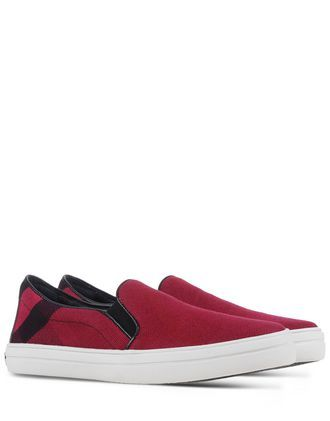 BURBERRY Low-Tops. #burberry #shoes #low-tops