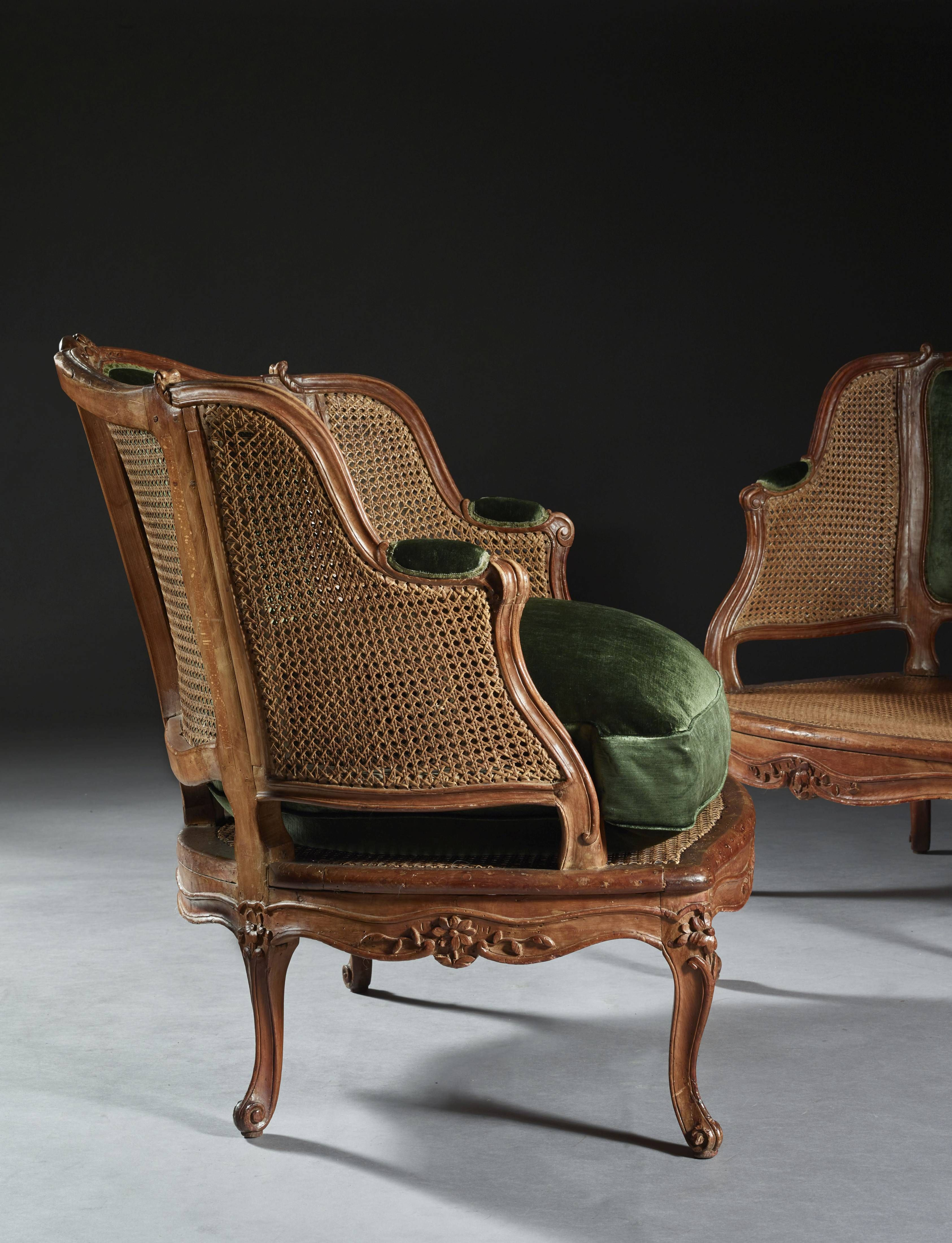 A Pair Of Louis XV Caned Beechwood Marquises Vendu 15 600 U20ac