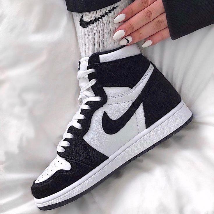 Jordan 1 Retro High Twist W 2019 Sepatu Sneaker Nike Sepatu