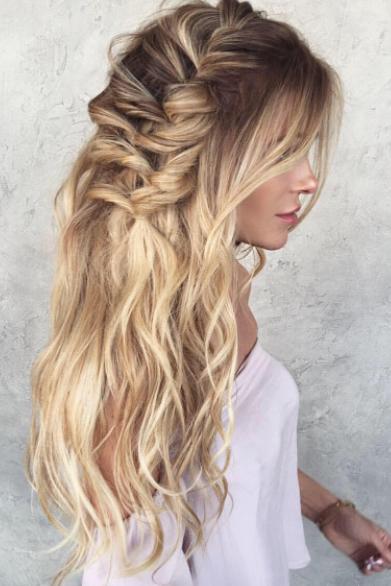 beach waves and braids hair inspiration