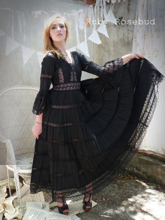 Vintage Black Lace Mexican Boho Festival Dress Ruby
