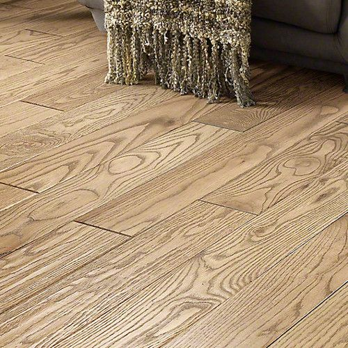 Inglewood Oak 1 2 Thick X 5 Wide Solid Hardwood Flooring Hardwood Floors Solid Hardwood Floors Solid Hardwood