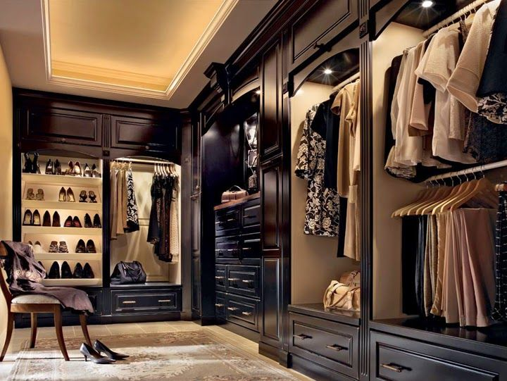 Cant you just see yourself dressing here no way to leave clutter cant you just see yourself dressing here no way to leave clutter in the bedroom with this walk in dressing room description from pinterest solutioingenieria Images
