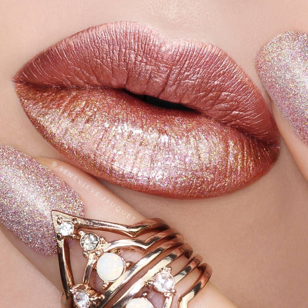 Stunning Lip Makeup Ideas That You Should Try Out