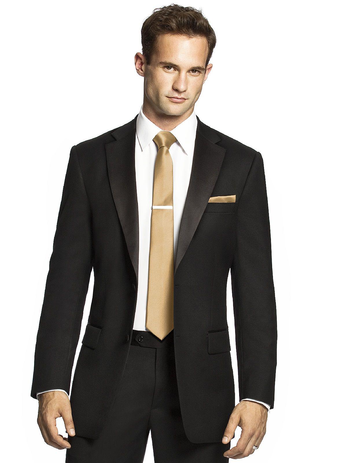 Light gold ties for the groomsmen