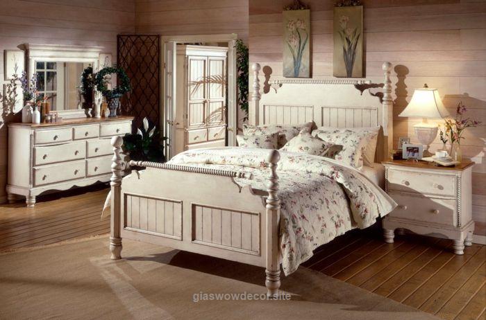 deco-campagne-chambre-a-coucher-linge-de-lit-blanc-a-motifs-floraux ...