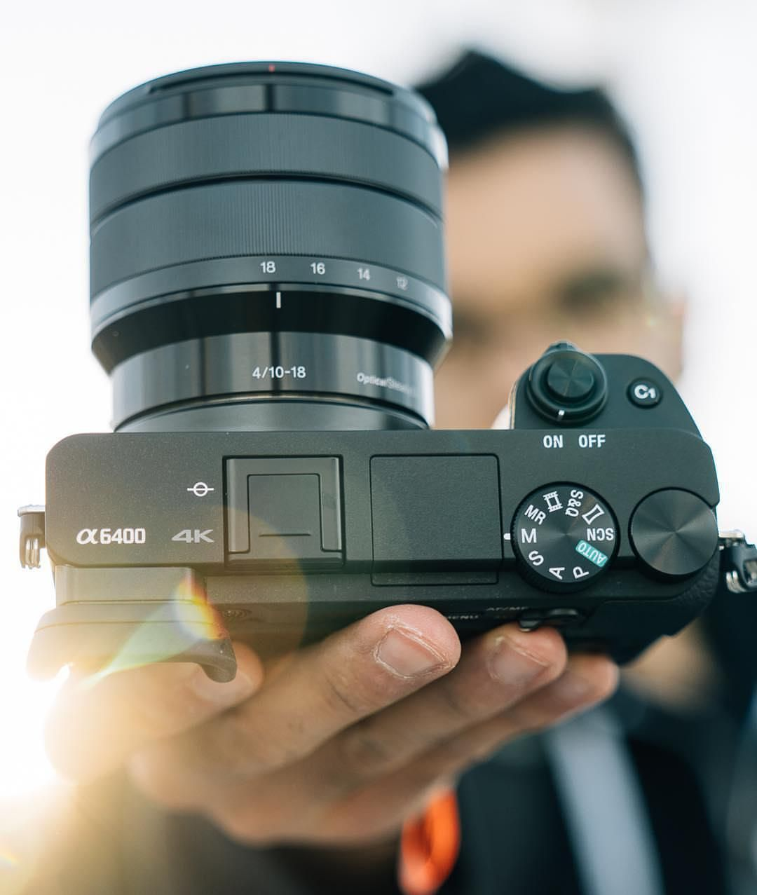 The Vlogging Setup Sony A6400 Sony E 10 18mm F 4 Ois P S It S Also Great For Landscapes Sony Camera Vlogging Setup Sony A6400
