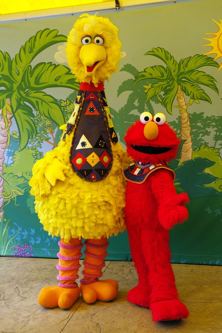 Meeting Madagascar Sesame Street And Other Characters At