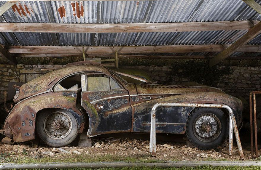 treasure-vintage-old-classic-cars-retromobile-france-roger-baillon ...