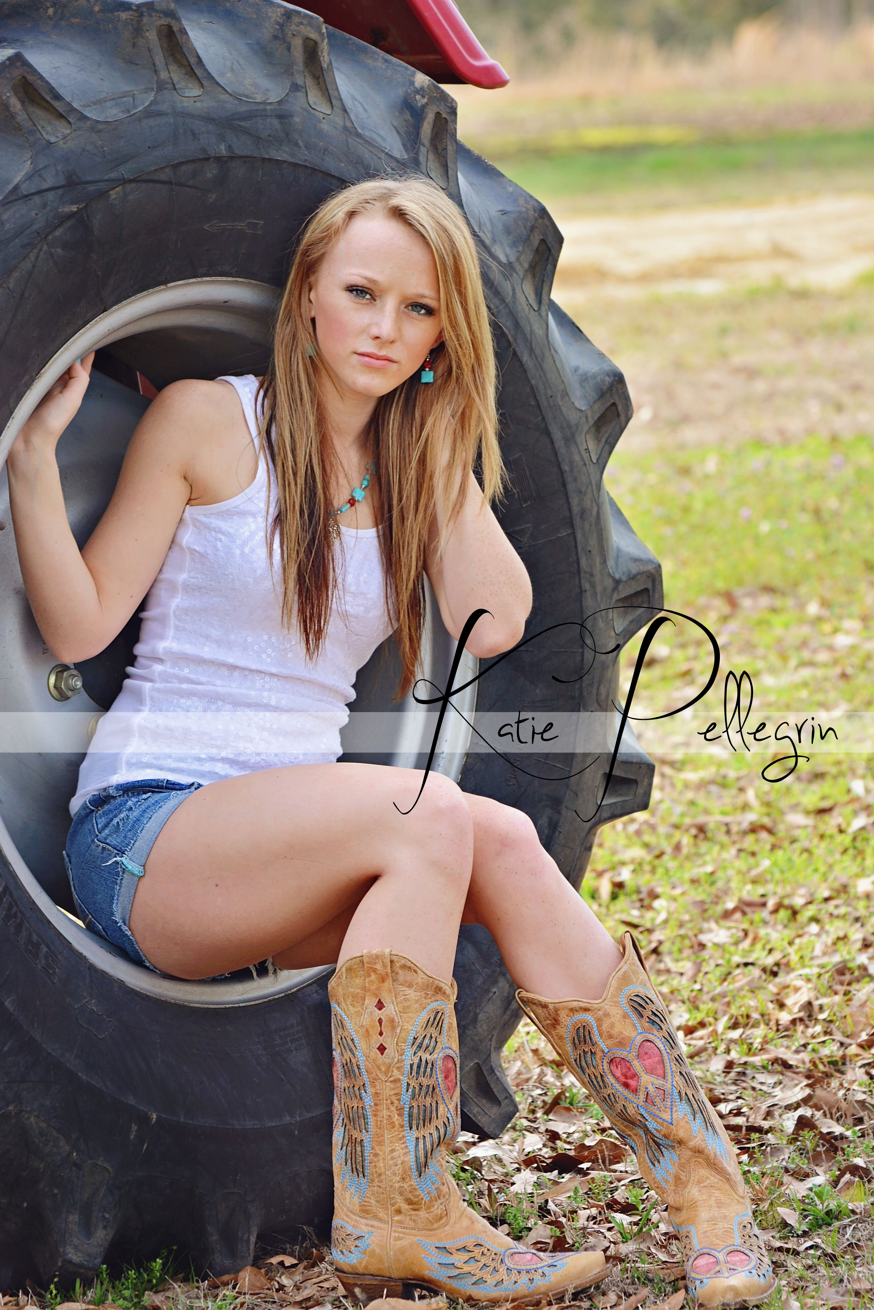 2019 year looks- Boots country for women photography photo