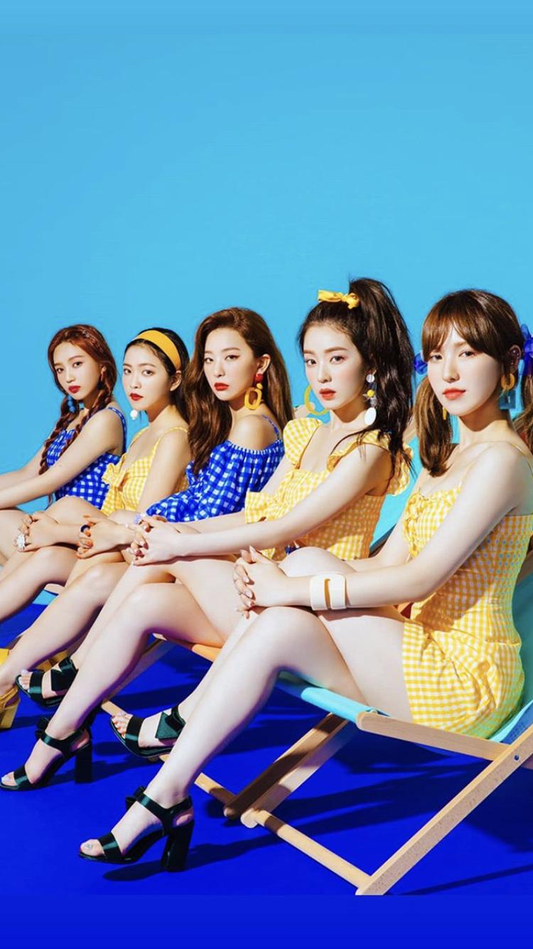 Red Velvet Iphone Wallpaper Power Up Beludru Merah Gadis Korea Selebritas