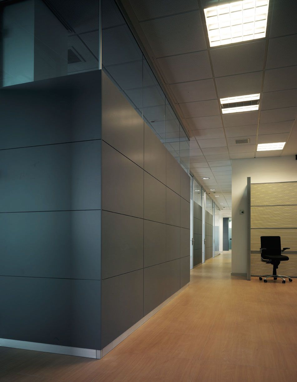 Wall System Office Partition In 2020 Wooden Partitions Movable