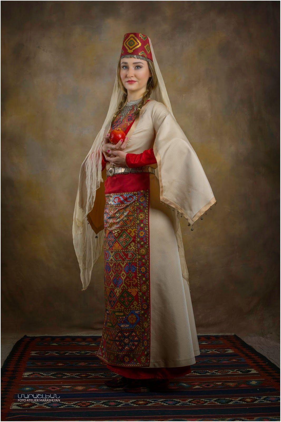 Армянский национальный костюм женский фото