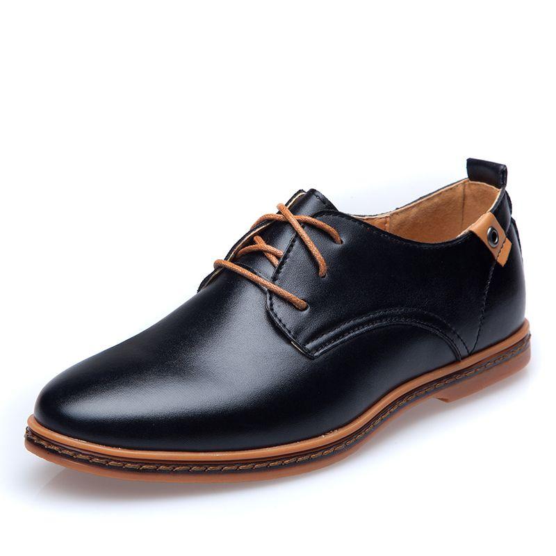 43ab6dcdb5 Barato Venda quente PU sapatos de couro masculino Size48 dedo apontado à  prova d   água moda verão sapatos respirável homens de negócios de  casamento ...