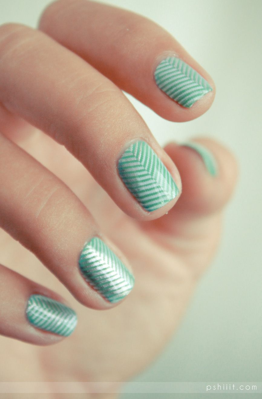 Two colors colours nail art: aqua sky blue and white slim, diagonal dotted stripe design in a V-shape #pastel #spring #summer
