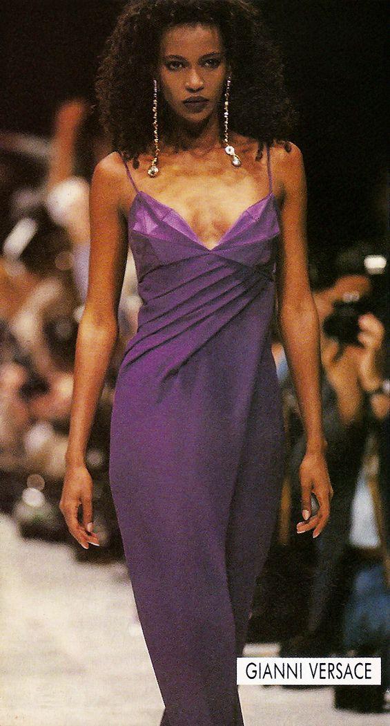 Top Models of the World.com: Amalia Vairelli @ Gianna Versace 1990
