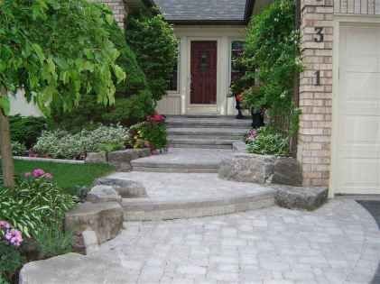 Affordable front yard walkway landscaping ideas (60 #walkwaystofrontdoor Affordable front yard walkway landscaping ideas (60) #walkwaystofrontdoor