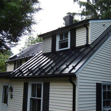 Standing Seam Metal Roofing Black House Exterior Ranch House Exterior Black Metal Roof