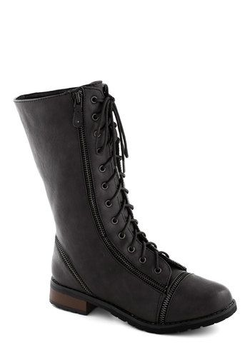 Zip Right Up Boot in Black, #ModCloth