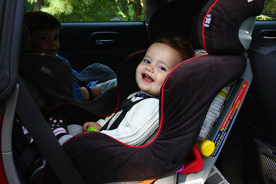 Great article on why AAP recommends rear-facing car seat until age 2 ...
