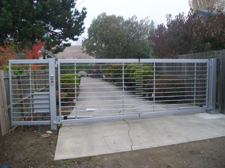 Custom Painted Double Swing Gate With Horizontal Pickets