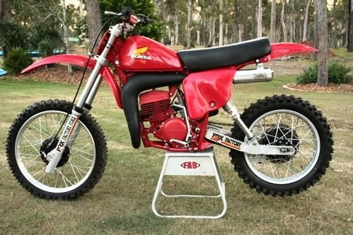 1978- Honda CR250R with aftermarket swingarm and Fox Air ...