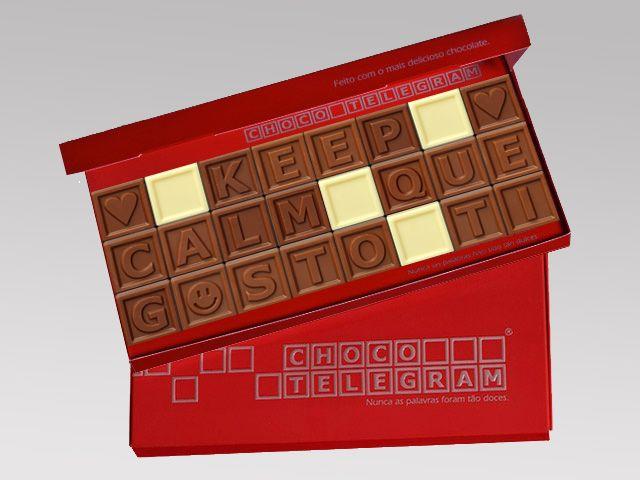 Palavras de Amor em quadradinhos de chocolate.  Crie a sua mensagem docinha! :) http://www.mysweets4u.com/pt/?o=1,5,29,2,0,0
