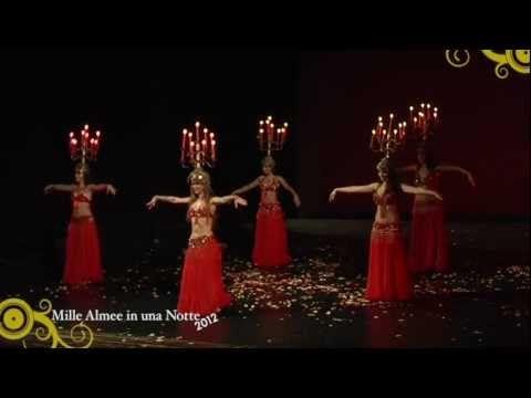 Compagnia delle Almee Danza con il Candelabro