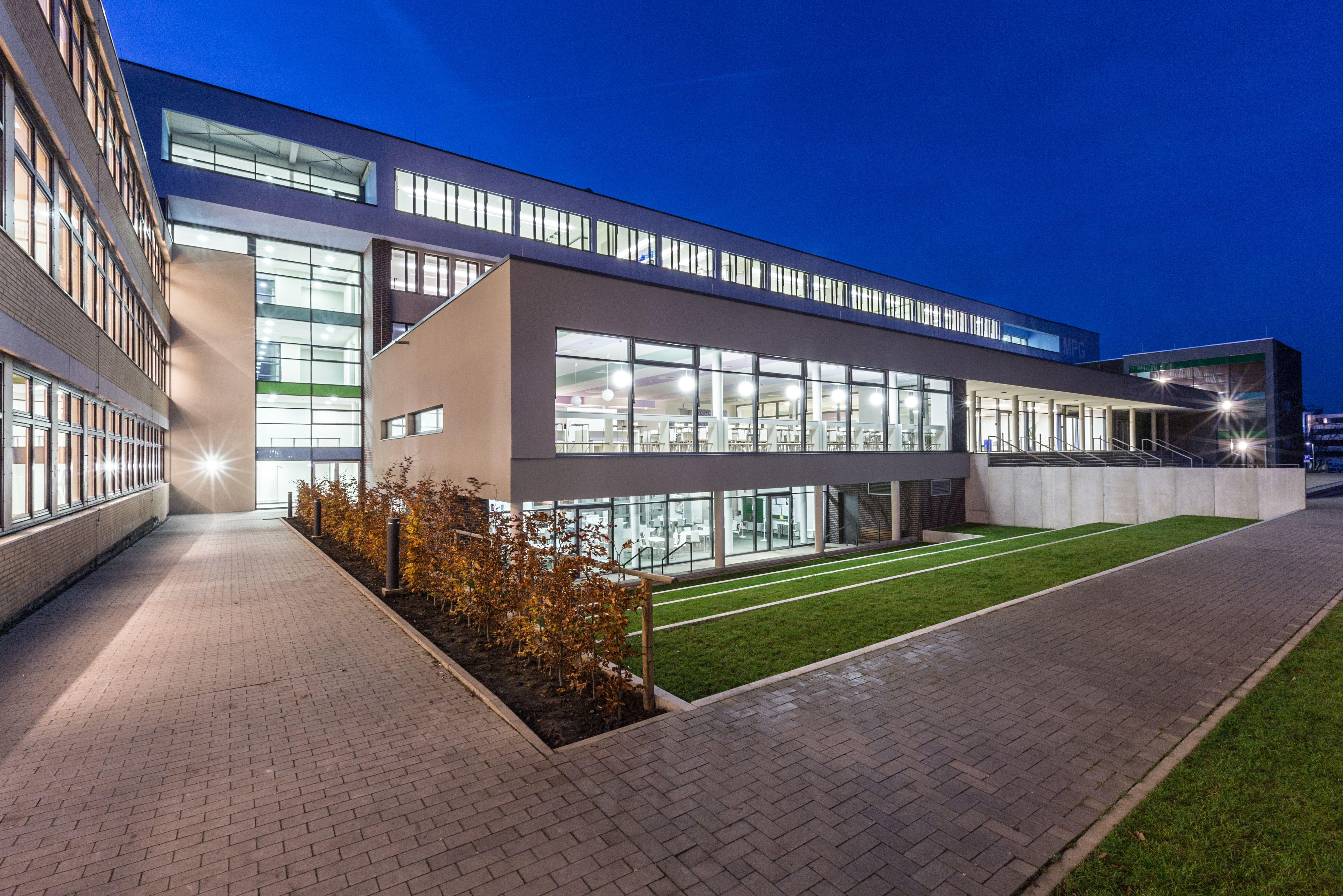 brüchner hüttemann pasch bhp Architekten Generalplaner GmbH Mensa Schulzentrum Aspe Bad Salzuflen Foto Klemens Ortmeyer bhparchitekten arch…