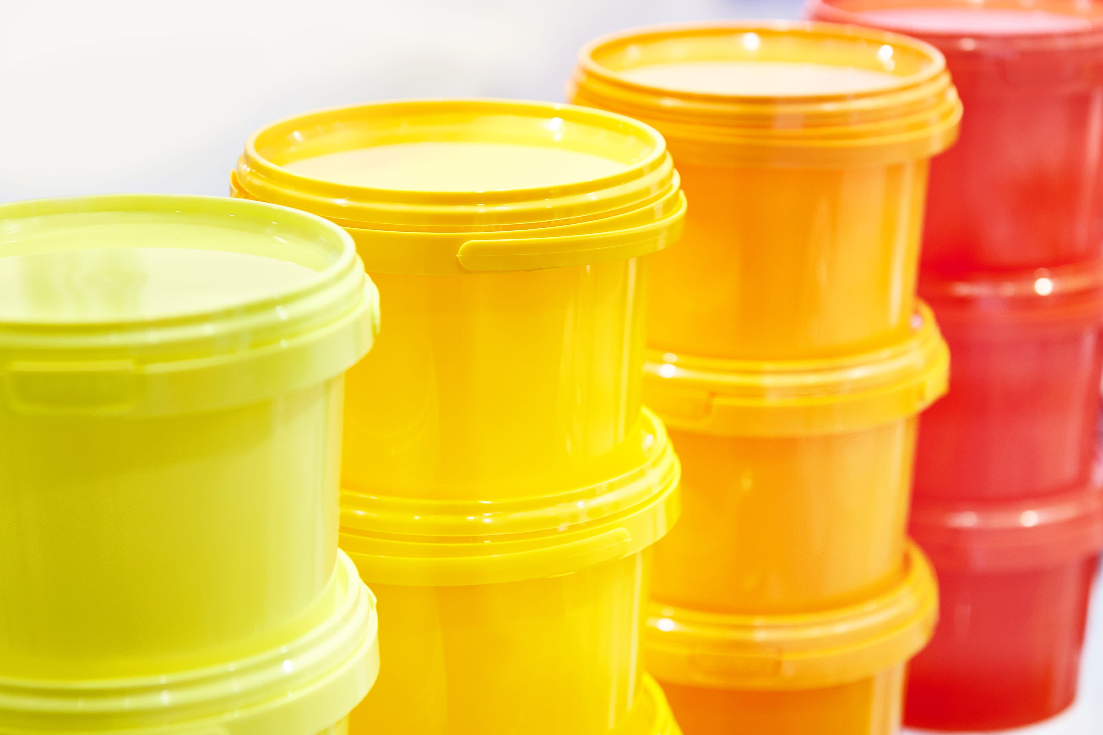 12 clever tupperware storage ideas your cluttered kitchen deserves tupperware storage on kitchen organization tupperware id=20217