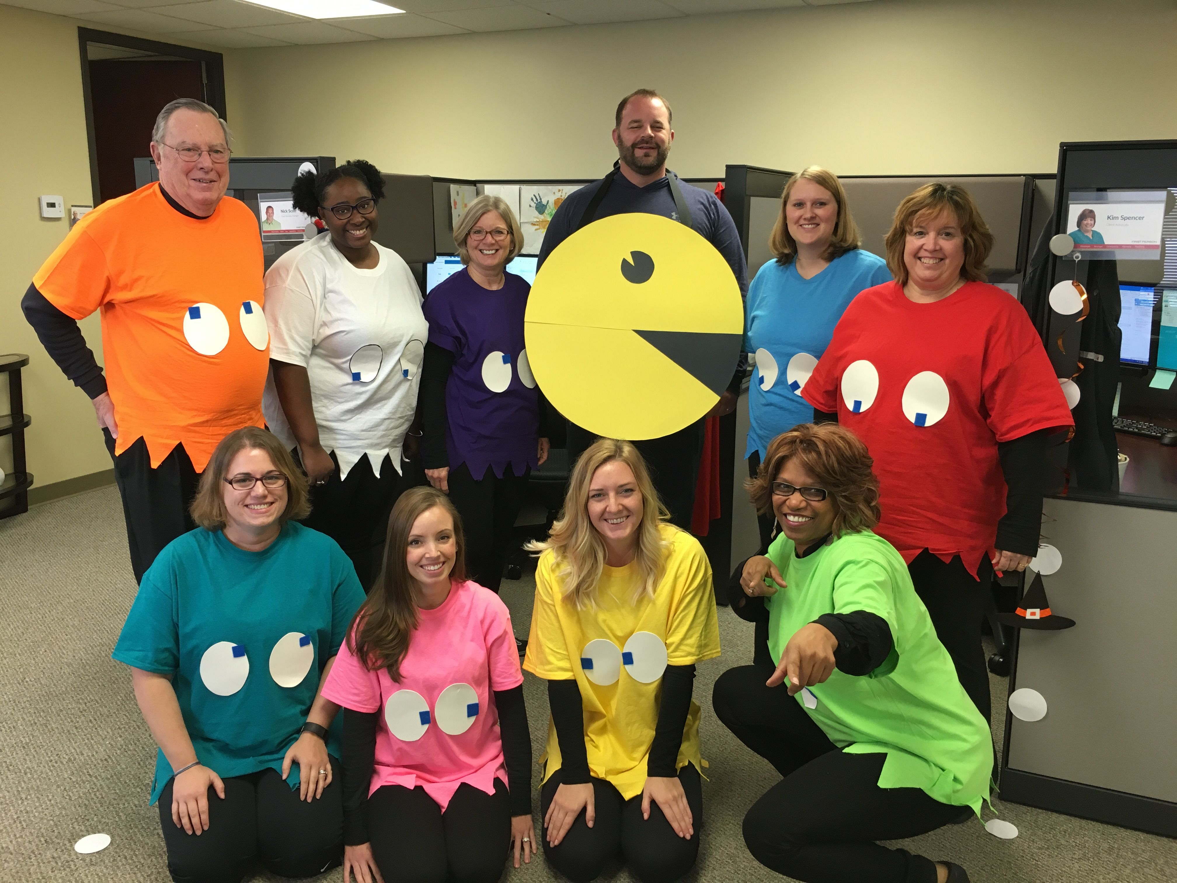 creative halloween costume for the office | pac-man | halloween