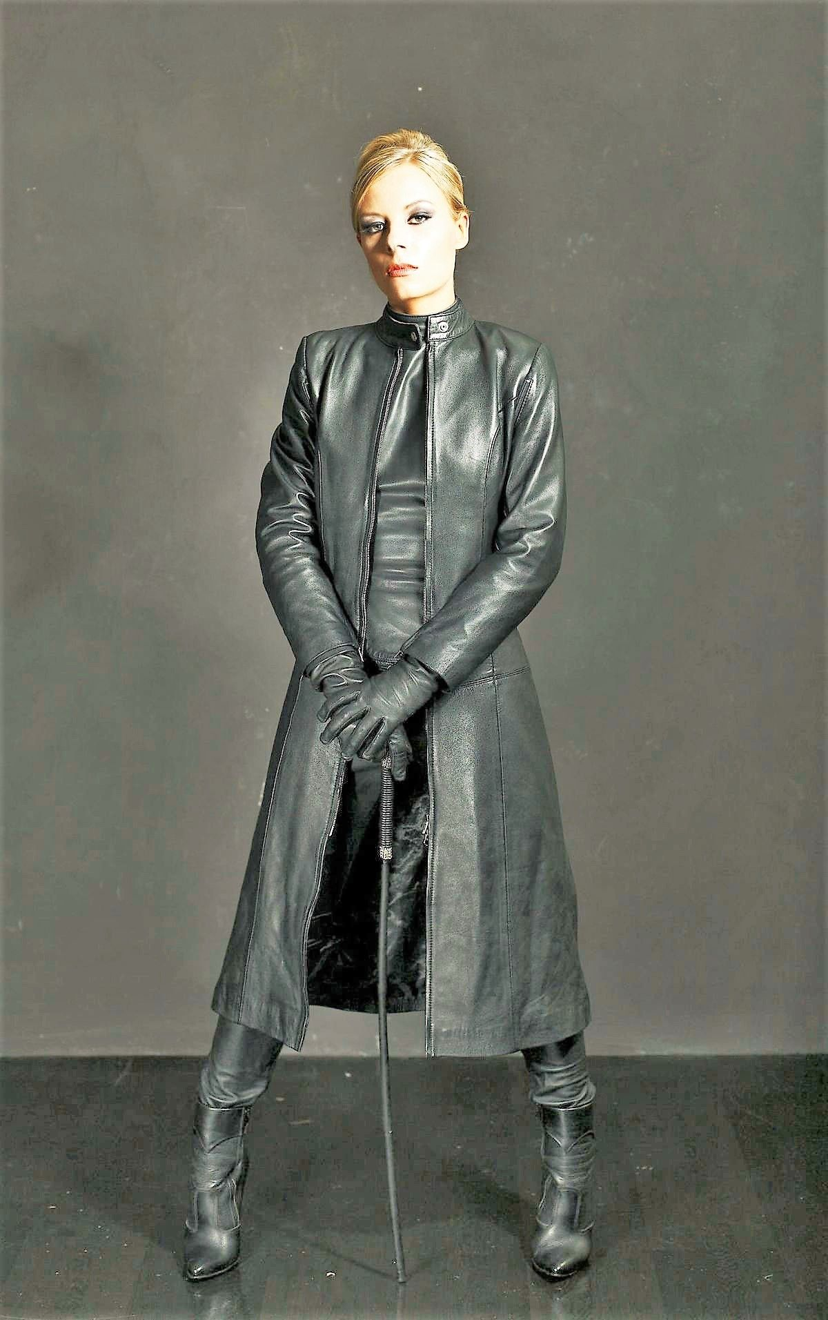 Komplett In Leder : komplett in leder best leathersuits and dresses leder ~ A.2002-acura-tl-radio.info Haus und Dekorationen