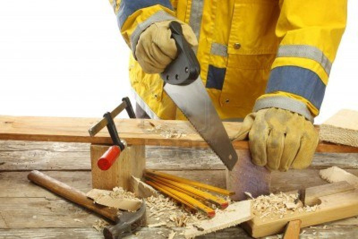 Egyptian Woman Ventures Into Carpentry To Overcome Unemployment Carpentry Woodworking Projects Plans Carpentry Services