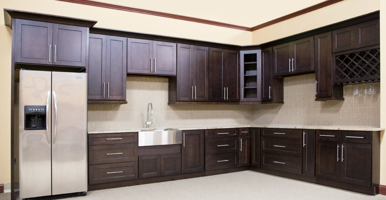 Mocha Shaker Ready To Assemble Kitchen Cabinets Assembled Kitchen Cabinets Classic Kitchen Cabinets Kitchen Cabinets In Bathroom