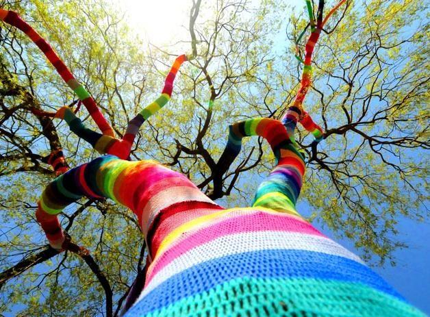 Knit yarn bombing tree