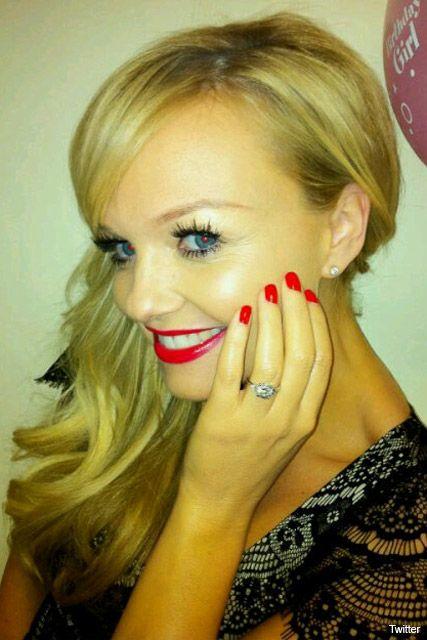 spice girl emma bunton flaunts her engagement ring - Victoria Beckham Wedding Ring