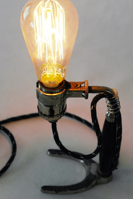 Lámpara de escritorio Vintage Industrial mechero, con foco Edison, ideal para espacio pequeño,
