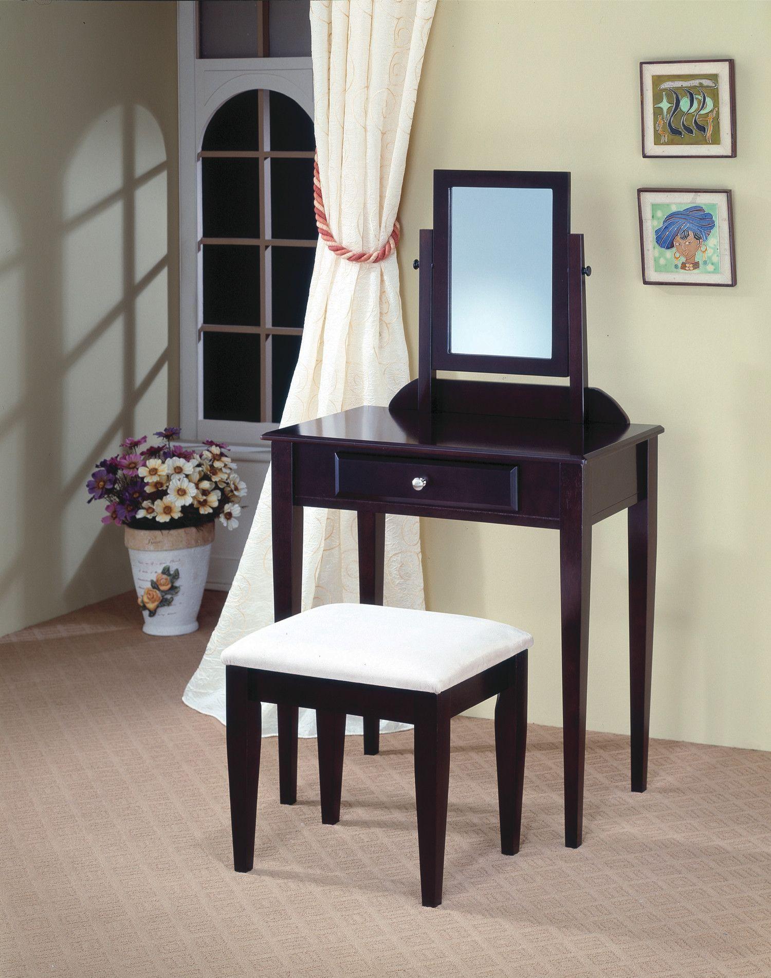 Woodinville Vanity Set with Mirror Bedroom vanity set